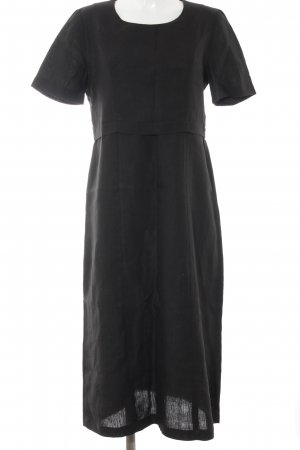 Vestido largo negro look casual