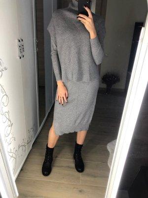 MaxMara Kleid plus Weste /Poncho - neuwertig