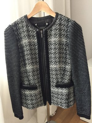 MaxMara Weekend Blazer Jacke Kastenjacke aus Strick schwarz/beige Kunstlederapplikation Gr. 36