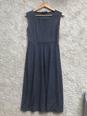 MaxMara Weekend elegant, schlichtes Kleid, neu