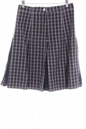 MaxMara Weekend Plaid Skirt black-white check pattern casual look