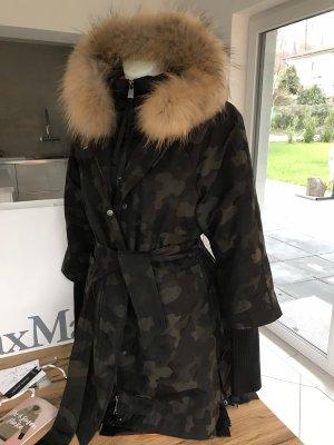 May&Co by Max Mara 38 Daunenmantel 4 Seasons Parka Camouflage schwarz Fuchs Fell Pelz