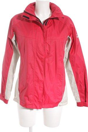McKinley Winterjacke weiß-pink Street-Fashion-Look