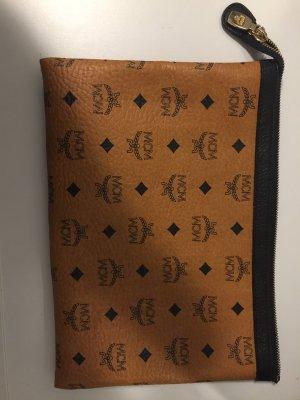 MCM clutch/iPad Tasche