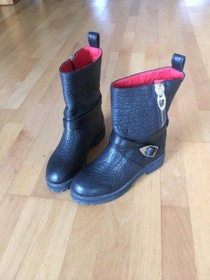 MCM Boots black