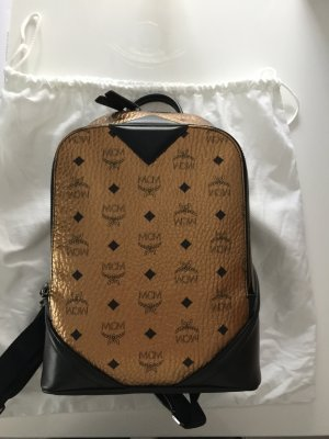 MCM Duke Backpack Rucksack Gold Sold out! (Yeezy,Bape,Supreme,Gucci)