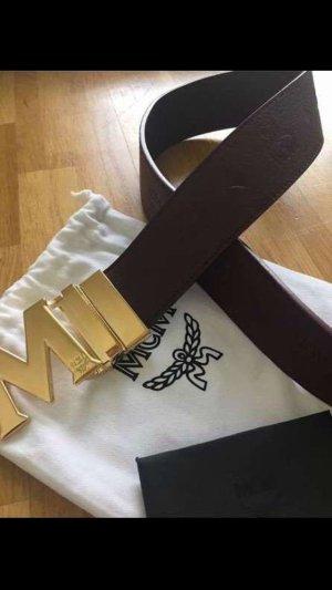 MCM Cinturón de cuero rojo amarronado-color oro
