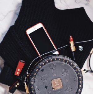 MCM Schultertasche schwarz-goldfarben Elegant