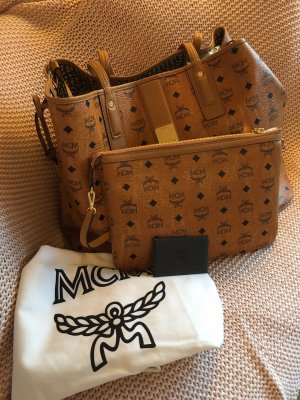 MCM Shopper
