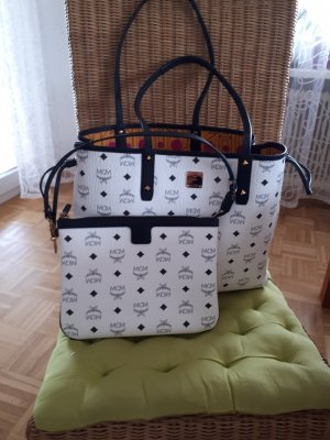 MCM Shopper white-black