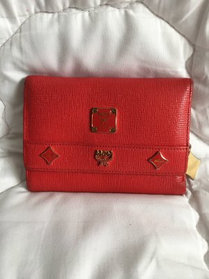 MCM short wallet