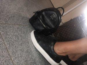 MCM Sneaker stringata nero-grigio