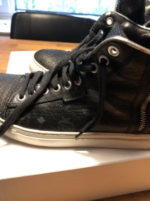 MCM High Top Sneaker black-white