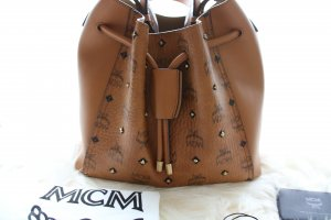 MCM Tasche Gold Visetos Drawstring Medium Cognac