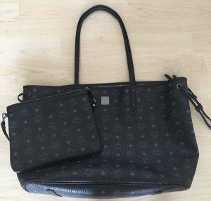 MCM - Tasche in schwarz + Pouch + Staubbeutel