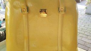 MCM Tasche,  IVANA PATENT Lack/Leder in Gelb