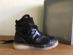 Alexander McQueen Sneakers met veters zwart Leer