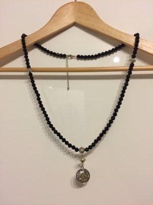 Medaillon Kette mit schwarzen Perlen