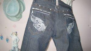 Mega coole Jeans mit vielen aufwendigen Details Wings Top NEU