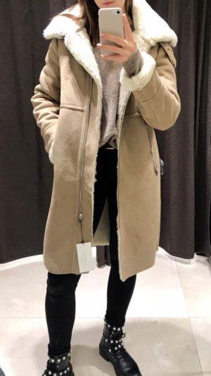 Mega Fellmantel von Zara (Winter 18/19)