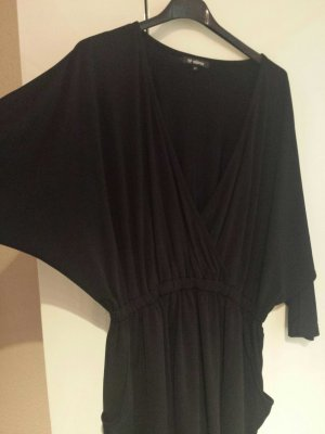 Mega Kleid von minimum..