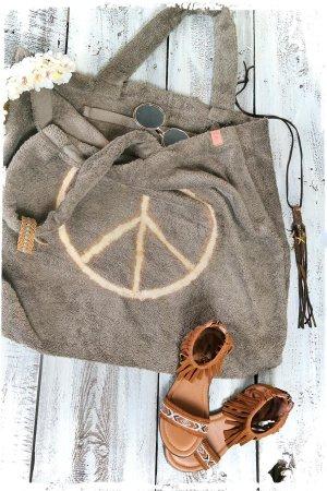 Shopper brown