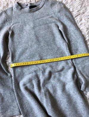 Mega schön Winterkleid von Zara, Maxikleid,  sehr warm und Figurton
