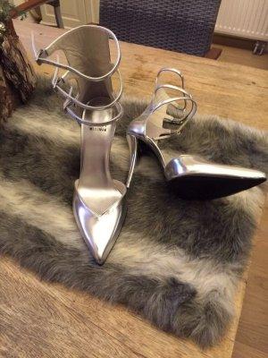 Mega schöner Stuart Weitzmann Schuh in Silber