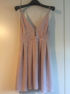Mega schönes Kleid im Puder rosa