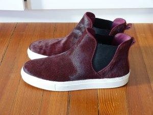 Mega stylishe Sneaker aus Fell