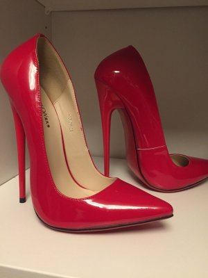 High Heels bright red