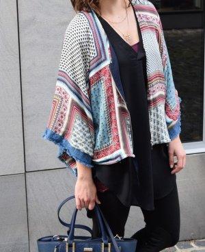 Megaschöner Kimono Zara Ethno Muster