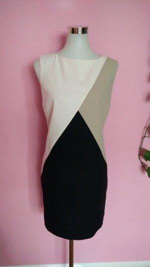 Mehrfarbiges Kleid (Box 9)