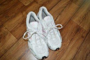 Meine adidas Sport/Laufschuhe Gr. 41 weiss/rose
