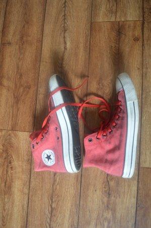 Meine Converse All Star Chucks in Rot abzugeben