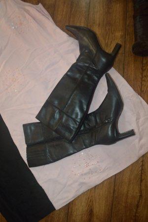 Meine niedlichen Leder Stiefel Gr. 38 von Janet D.