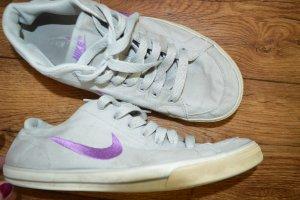 Nike Sneakers met veters zilver-lila