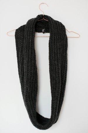 Melierter Loop-Schal Grau