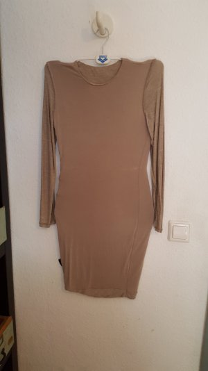 Melliertes Kleid, körperbetont