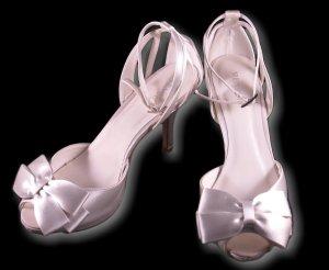 Menbur Riemchensandaletten, Brautschuhe, weiß, Silber, Größe 39, Schleife