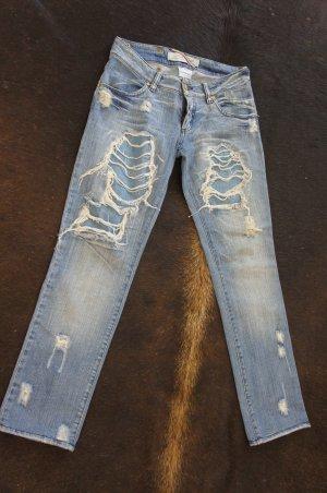 MET Jeans Größe DE32/34 W25/26 zerrissen used look