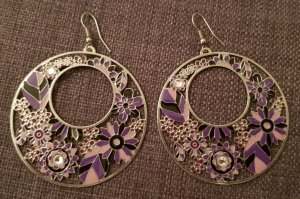 Metall Ohrringe mit Glitzersteinen