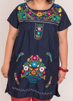 Mexikanische Kleid mit handgemachte Stickerei