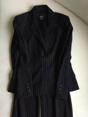 MEXX Anzug Damenmode schwarz gestreift neuwertig! Gr. 38