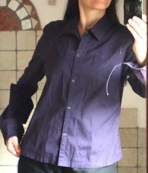 Mexx Bluse, Hemdbluse, leichtes Blusenjäckchen, Kragen, weite Ballonärmel mit Bändchen am Abschluss, sehr schöne Farbe - ganz dunkles Lila, Violett, Druckknöpfe, sportive schöne Hemdbluse, auch business tauglich, schlicht und edel, 98% Baumwolle, 2% Elast