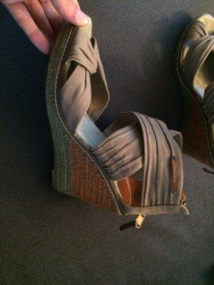 Mexx Sandalette in 38 in oliv/khaki mit Keilabsatz