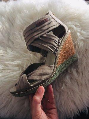 Mexx Sandales à talons hauts et plateforme brun-kaki