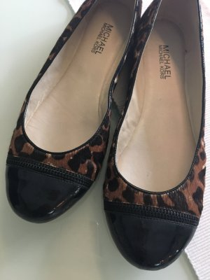 Michael Kors Ballerinas Fell Leoparden Look Lack Kappe schwarz Reißverschluss