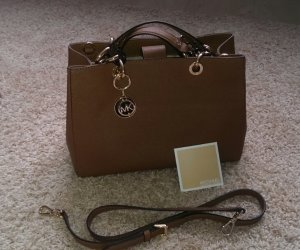 Michael Kors Cynthia MD Satchel Dove