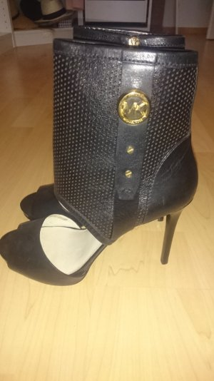 Michael Kors Daria Perforated open Booties